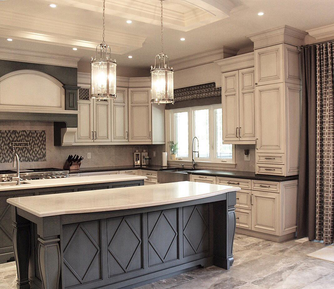White Kitchen Cabinets Light Floor: 28 Antique White Kitchen Cabinets Ideas In 2019