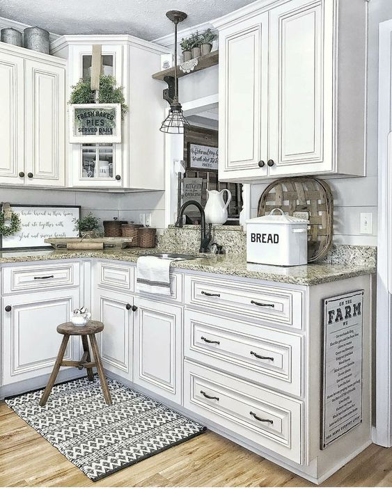 Farmhouse Kitchen Cabinets: 28 Antique White Kitchen Cabinets Ideas In 2019