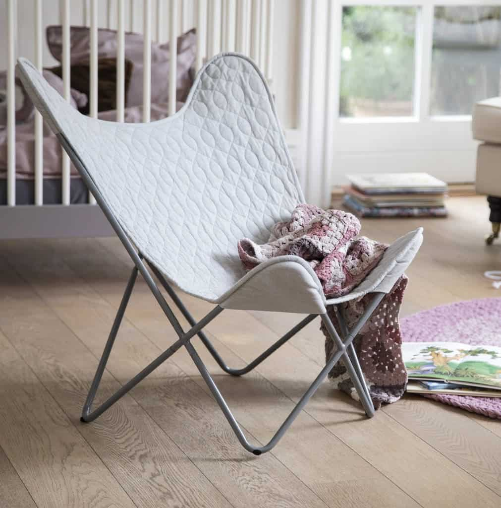 A KIDS CHAIR MADE WITH ORGANIC COTTON