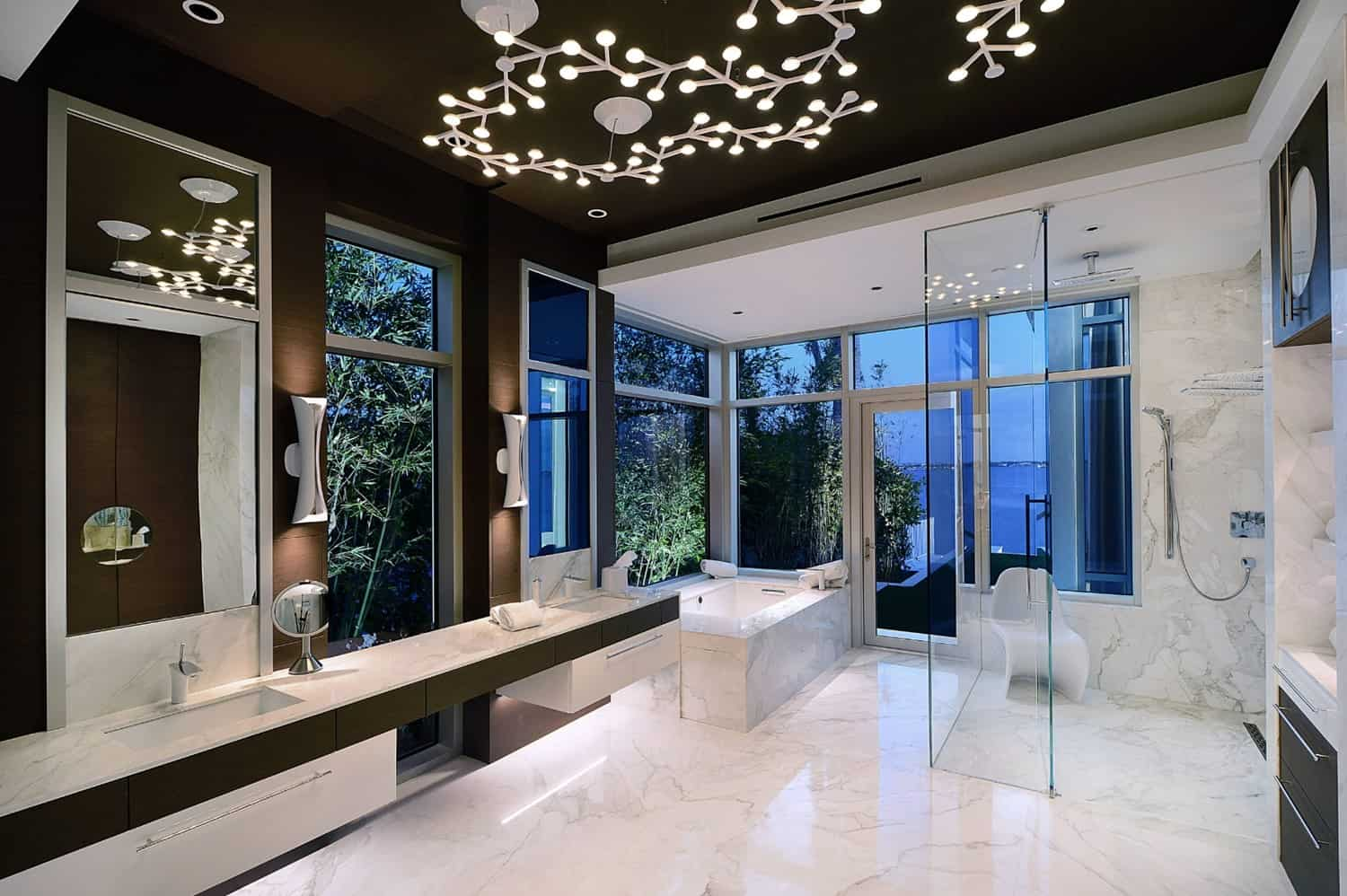BRING STYLE WITH LIGHTING FIXTURES