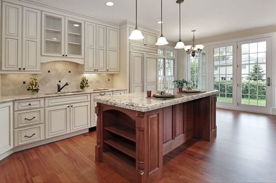 antique-white-kitchen-cabinets-with-wood-floors-1153040