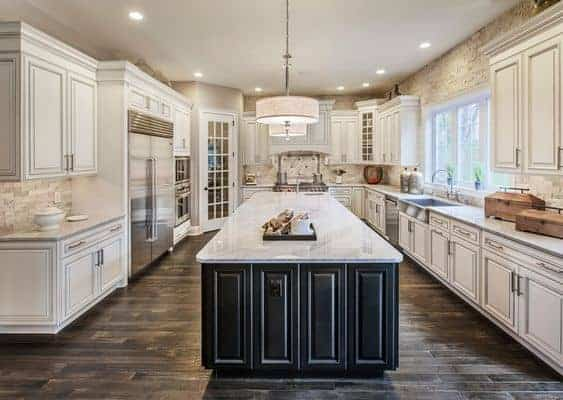 best-wall-color-for-antique-white-kitchen-cabinets-2699371