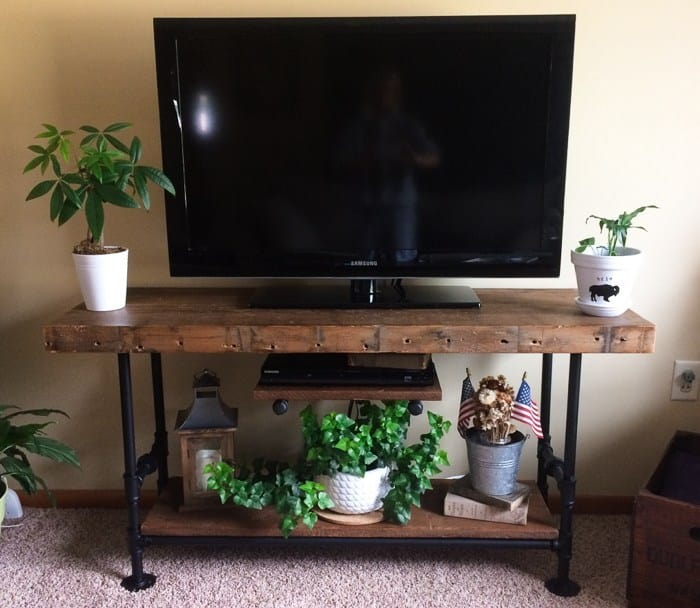 Wood and Pipes DIY TV stand assembly