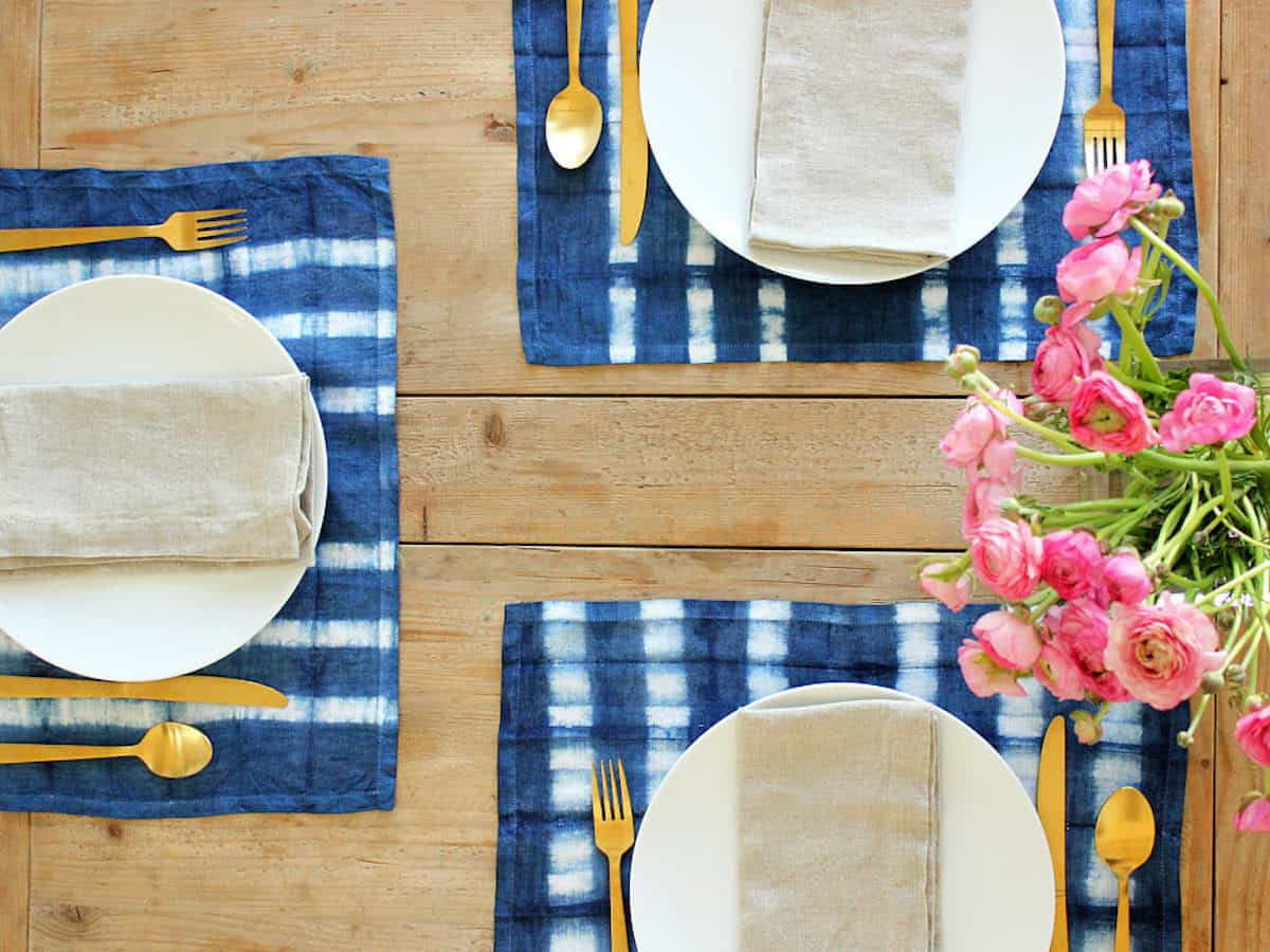 DIY Dyed Placemats