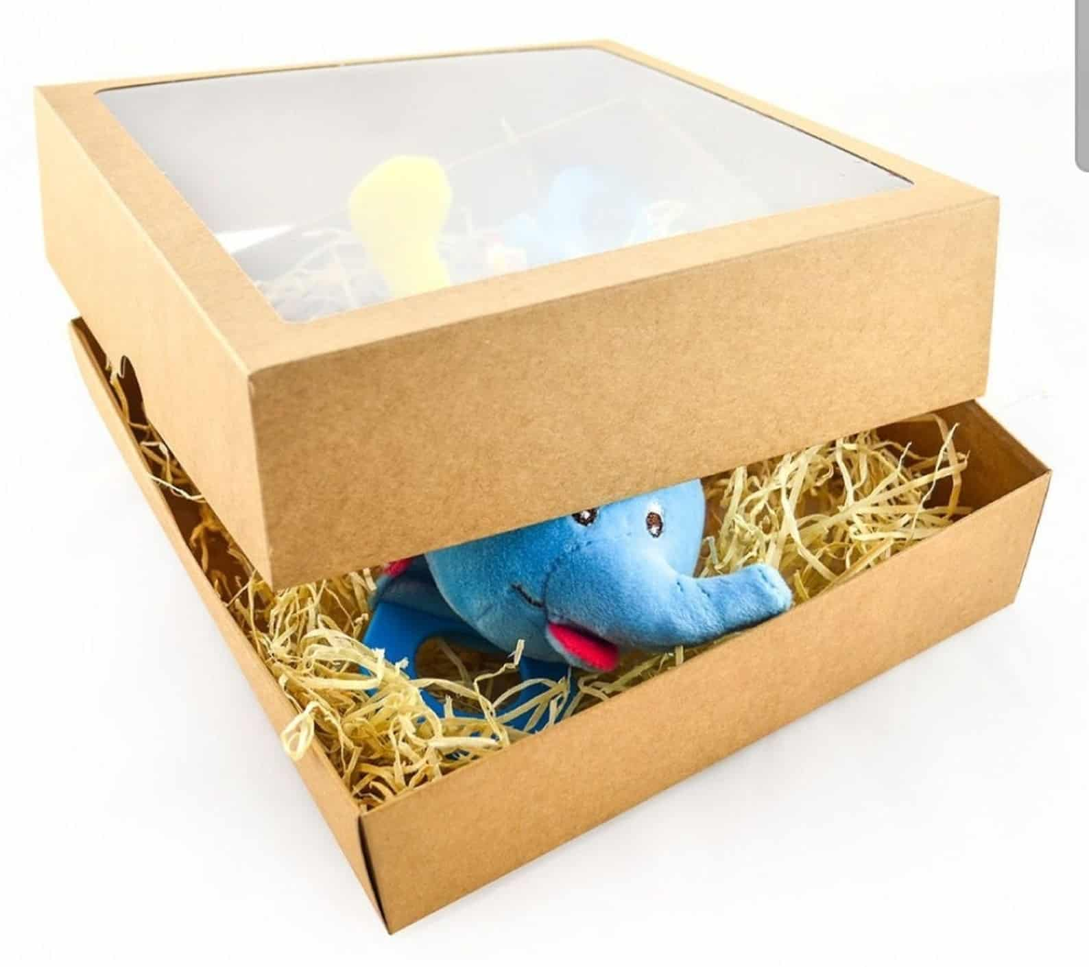 Wood and Décor Shavings Gift Box